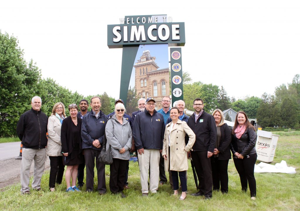 Sign unveil Simcoe